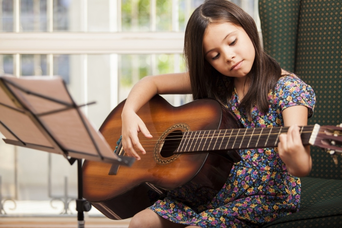 music-learning-guitar-1.jpg